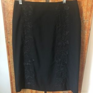 Banana Republic Black embroidered pencil skirt